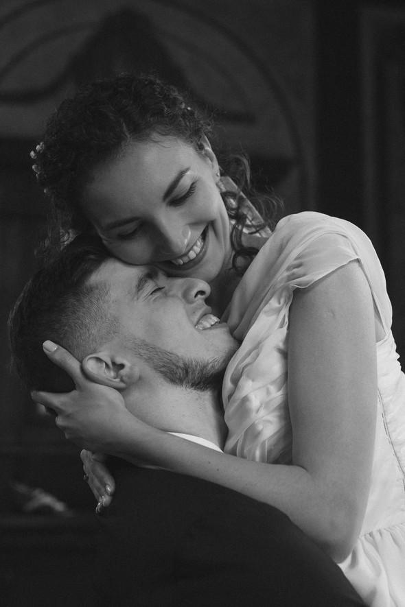 Первый поцелуй на венчании - фото №69