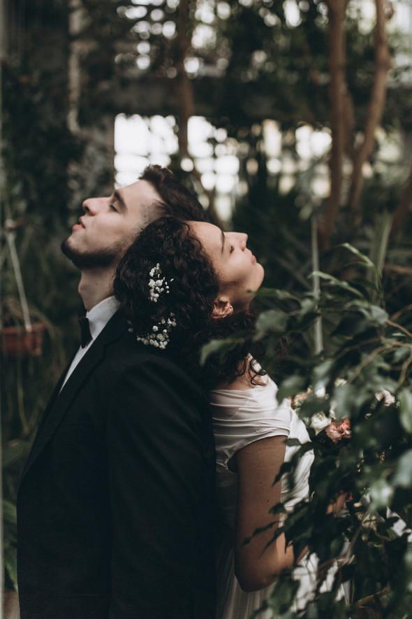 Первый поцелуй на венчании - фото №85