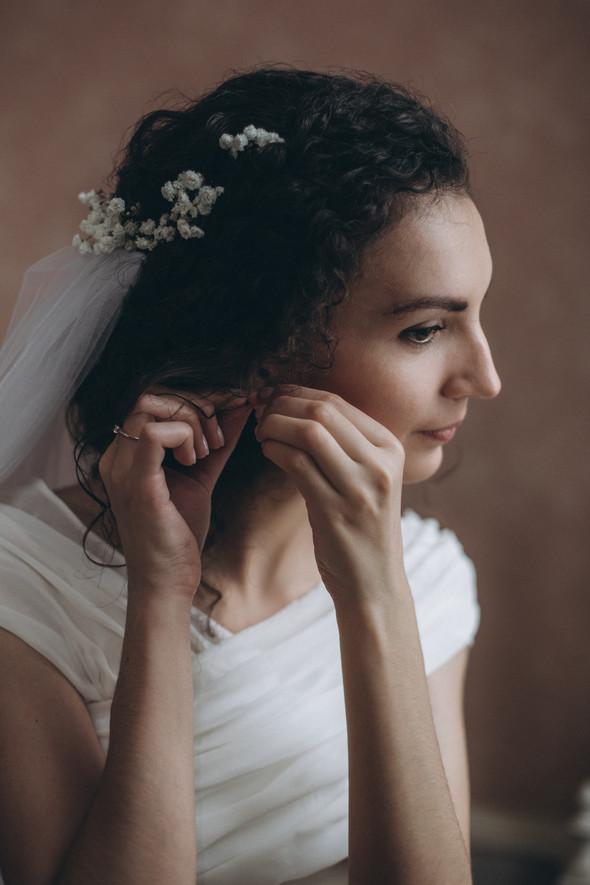 Первый поцелуй на венчании - фото №17