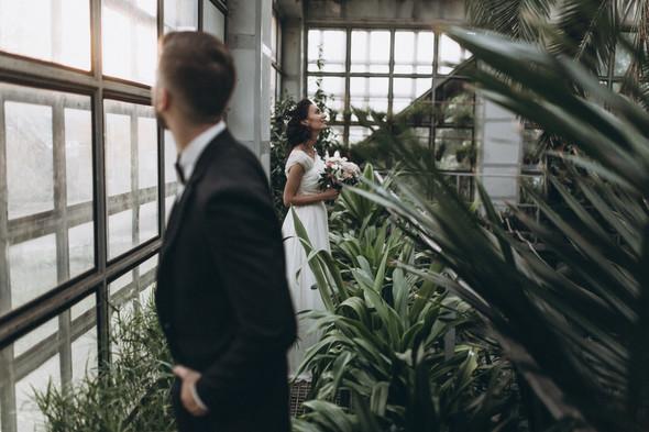 Первый поцелуй на венчании - фото №86