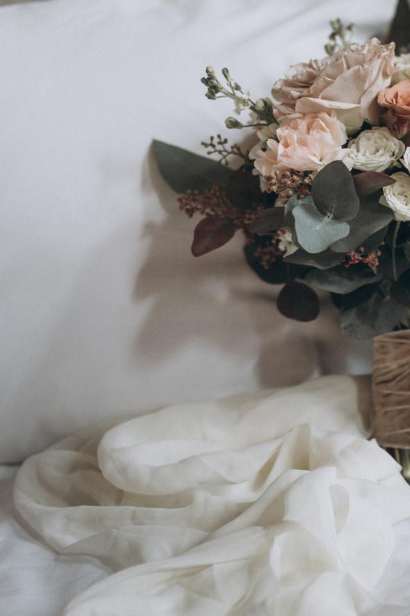 Первый поцелуй на венчании - фото №1