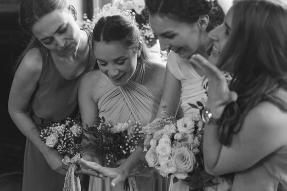 Первый поцелуй на венчании - фото №62
