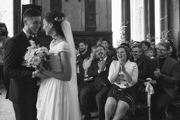 Первый поцелуй на венчании - фото №40