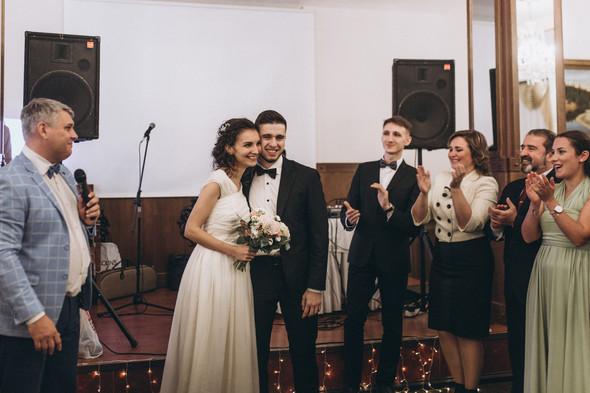 Первый поцелуй на венчании - фото №94