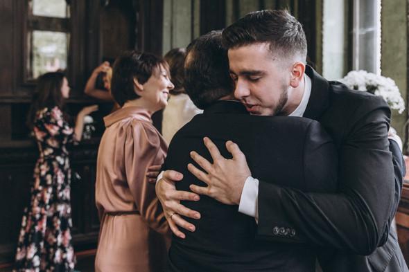 Первый поцелуй на венчании - фото №54