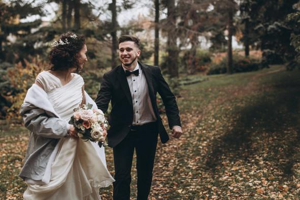 Первый поцелуй на венчании - фото №83