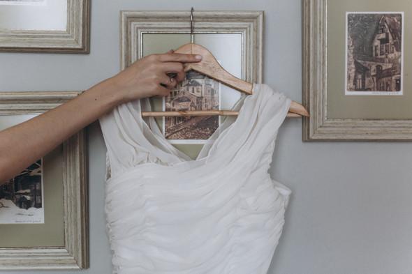 Первый поцелуй на венчании - фото №15