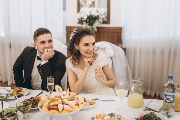 Первый поцелуй на венчании - фото №103