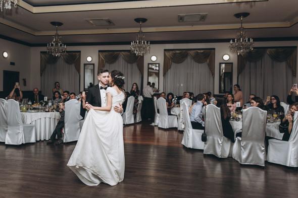 Первый поцелуй на венчании - фото №109