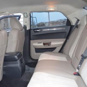 Chrysler 300C - авто на свадьбу в Киеве - портфолио 2