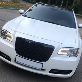 CHRYSLER 300C NEW - авто на свадьбу в Киеве - портфолио 1