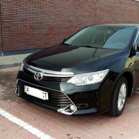 Toyota Camry 50 (чёрная) - авто на свадьбу в Киеве - портфолио 1