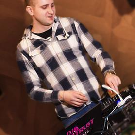 DJ Trust | Владимир Наталуха - музыканты, dj в Кропивницком - портфолио 4