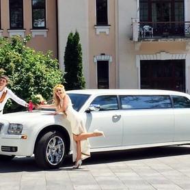 004 Лимузин Chrysler 300C Disco - авто на свадьбу в Киеве - портфолио 2