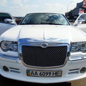 008 Лимузин Chrysler 300C Bentley Style - авто на свадьбу в Киеве - портфолио 3