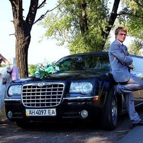 016 Лимузин Chrysler 300C черный - авто на свадьбу в Киеве - портфолио 3