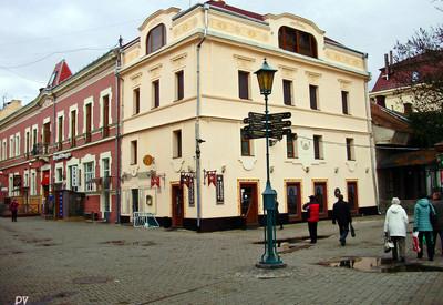 Улица Корзо - место для фотосессии в Ужгороде - портфолио 5