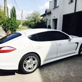 160 Porsche Panamera белая аренда - авто на свадьбу в Киеве - портфолио 2