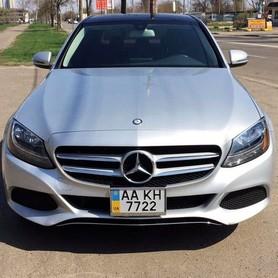 109 Mercedes С300 серебристый - авто на свадьбу в Киеве - портфолио 2