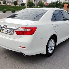 152 Toyota Camry V50 белая - авто на свадьбу в Киеве - портфолио 2