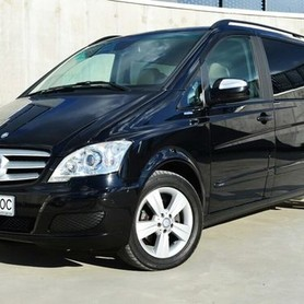 284 Микроавтобус Mercedes Viano - авто на свадьбу в Киеве - портфолио 1