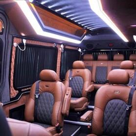 278 Микроавтобус Mercedes Sprinter черный VIP - авто на свадьбу в Киеве - портфолио 5