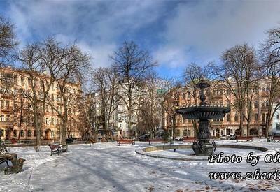 Площадь Ивана Франко - фото 2