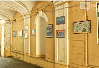 Дворик на улице Толстого - фото 2