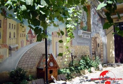Дворик искусств («Окно в Европу») - место для фотосессии в Одессе - портфолио 6