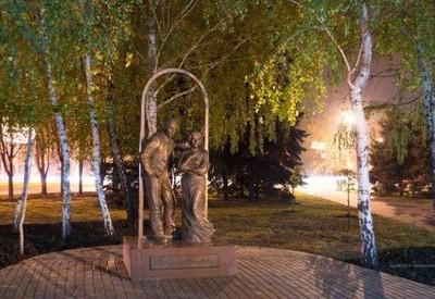 Памятник родителям - место для фотосессии в Кривом Роге - портфолио 6