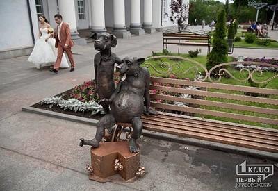 Скульптура Друг - место для фотосессии в Кривом Роге - портфолио 4