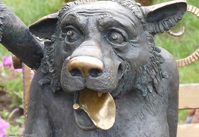 Скульптура Друг - место для фотосессии в Кривом Роге - портфолио 5
