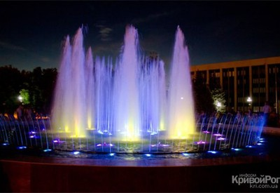 Светомузыкальный фонтан - место для фотосессии в Кривом Роге - портфолио 4