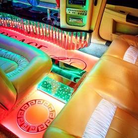 Лимузин Крайслер 300С Versace - авто на свадьбу в Днепре - портфолио 1