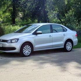 184 Volkswagen Polo седан - авто на свадьбу в Киеве - портфолио 1
