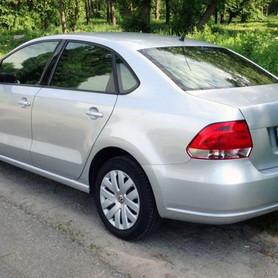 184 Volkswagen Polo седан - авто на свадьбу в Киеве - портфолио 3
