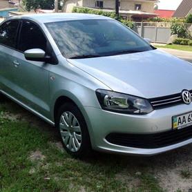184 Volkswagen Polo седан - авто на свадьбу в Киеве - портфолио 2