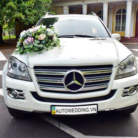 Mercedes GL550 - авто на свадьбу в Виннице - портфолио 1