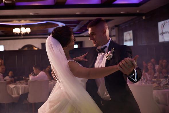 Свадебная фотосессия - фото №21