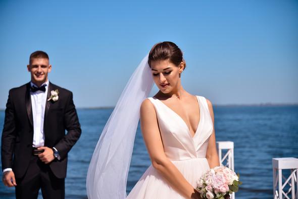 Свадебная фотосессия - фото №11