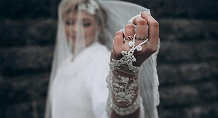 Весенние скидки на весенние свадьбы. Любви и радости вам! :)