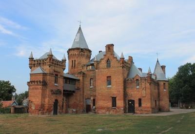 Замок-усадьба Попова - фото 1