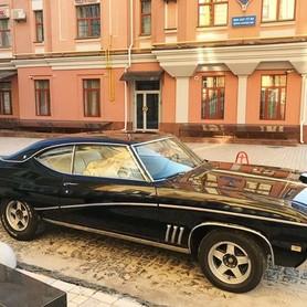 212 Buick Skylark Custom - авто на свадьбу в Киеве - портфолио 2