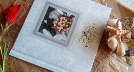 Весільна фотокнига у подарунок!