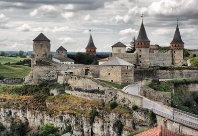 Старая крепость-замок - фото 3