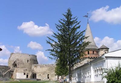 Старая крепость-замок - место для фотосессии в Каменце-Подольском - портфолио 5