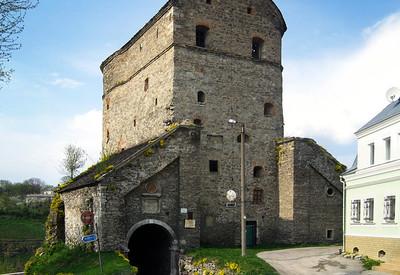 Башня Стефана Батория - фото 1