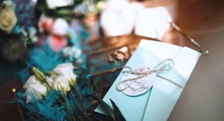 Бронируйте дату до 15 декабря и получите скидку 15% на провидение свадебного банкета!