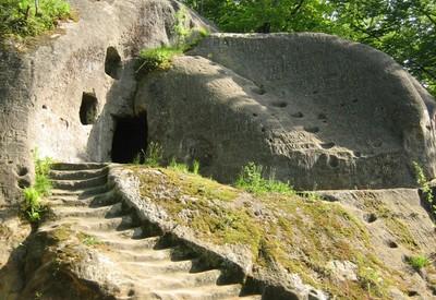 Скальный монастырь в Розгирче - место для фотосессии в Львовской области - портфолио 2