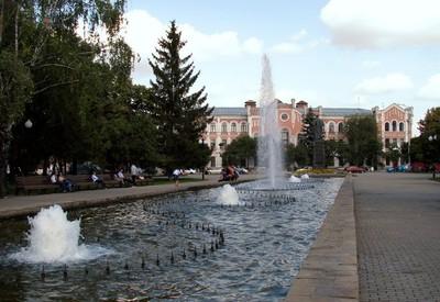 Площадь Героев Небесной сотни - место для фотосессии в Харькове - портфолио 6